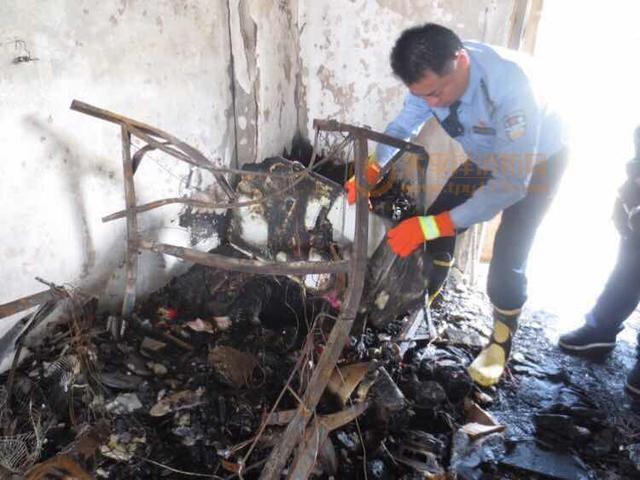 员工在宿舍用充电宝酿火灾 老板也被罚5千